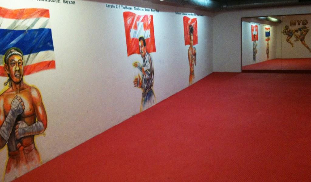 Neueröffnung Wing Thai Gym Azem's Kampfsportzentrum wurde frisch renoviert.