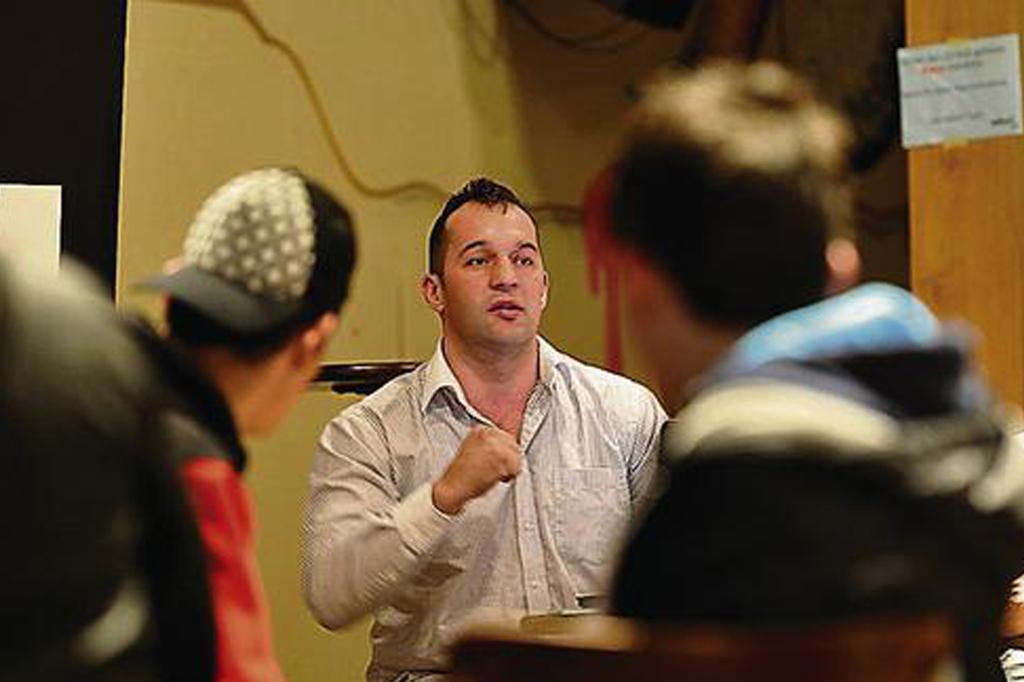 Azem in der Jugendbeiz Talhof Disziplin statt sinnlose Gewalt