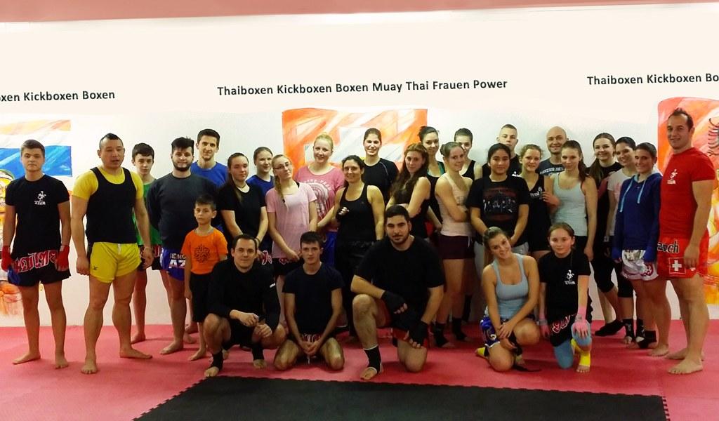 WELCOME TO THE FIGHT CLUB Sportliche Grüsse vom Azem Kampfsport Team
