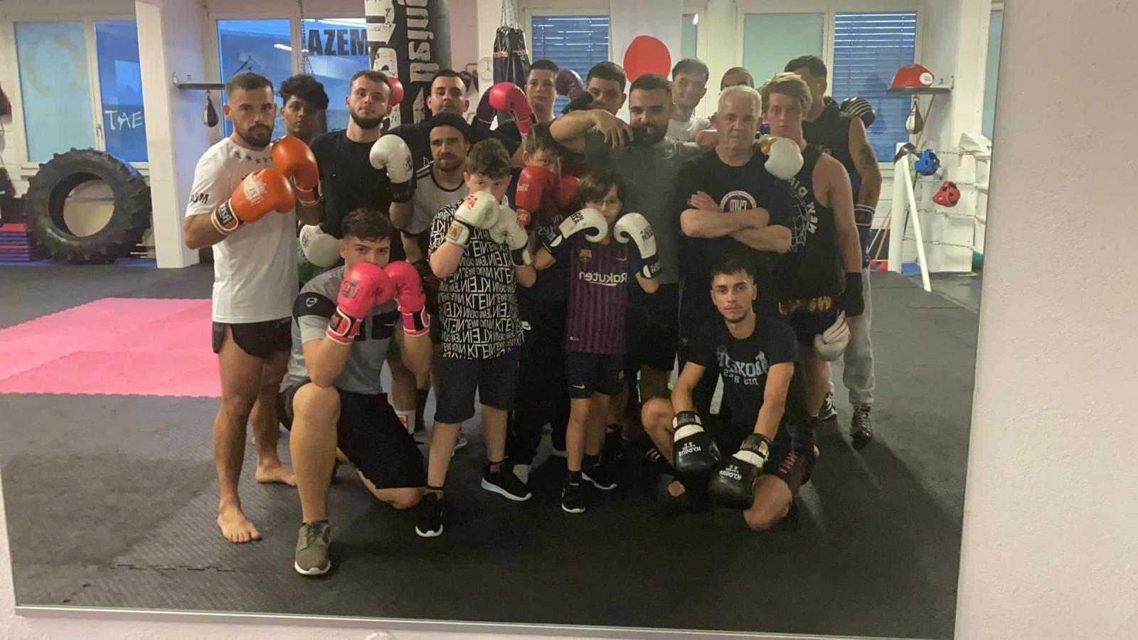 Began Hasani Trainer Boxen AZEM Budaya Center Wil